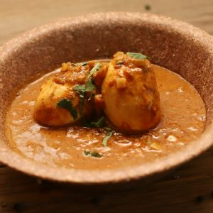 mild-golden-egg-curry-indivan-1920x1080