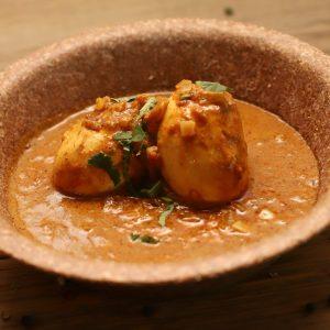 mild-golden-egg-curry-indivan-1920x1080
